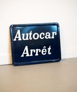 Autocar sign