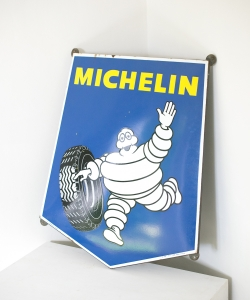 Michelin sign-12