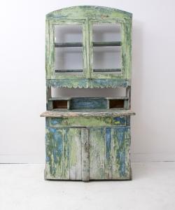 Green shabby dresser-1