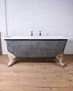 Square ended clawfoot bathtub-2