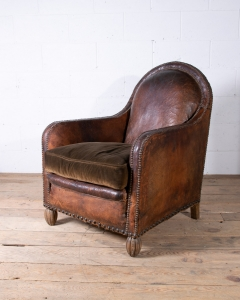 Vintage leather club chair-4