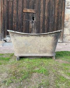 Bateau bathtub plinth Laval