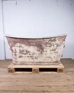 Antique Rolltop Bath